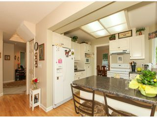 Photo 7: 1592 131ST ST in SURREY: Crescent Bch Ocean Pk. Condo for sale (South Surrey White Rock)  : MLS®# F1321820