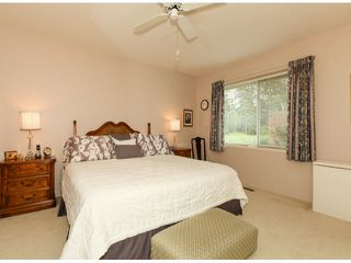 Photo 13: 1592 131ST ST in SURREY: Crescent Bch Ocean Pk. Condo for sale (South Surrey White Rock)  : MLS®# F1321820