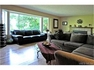 Photo 2:  in NORTH SAANICH: NS Lands End House for sale (North Saanich)  : MLS®# 418221