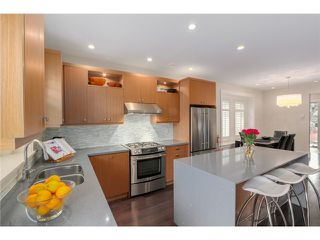 "Photo 3: 2632 W 6TH Avenue in Vancouver: Kitsilano House 1/2 Duplex for sale in ""Kits"" (Vancouver West)  : MLS®# V1074098"