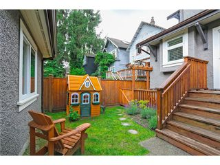 "Photo 18: 2632 W 6TH Avenue in Vancouver: Kitsilano House 1/2 Duplex for sale in ""Kits"" (Vancouver West)  : MLS®# V1074098"