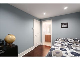 "Photo 15: 2632 W 6TH Avenue in Vancouver: Kitsilano House 1/2 Duplex for sale in ""Kits"" (Vancouver West)  : MLS®# V1074098"