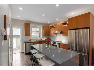 "Photo 4: 2632 W 6TH Avenue in Vancouver: Kitsilano House 1/2 Duplex for sale in ""Kits"" (Vancouver West)  : MLS®# V1074098"
