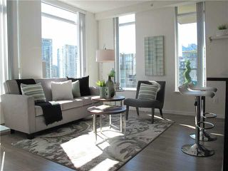 "Photo 1: 1807 1001 HOMER Street in Vancouver: Yaletown Condo for sale in ""The Bentley"" (Vancouver West)  : MLS®# V1076353"