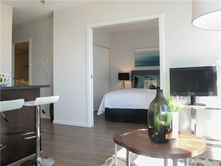 "Photo 3: 1807 1001 HOMER Street in Vancouver: Yaletown Condo for sale in ""The Bentley"" (Vancouver West)  : MLS®# V1076353"