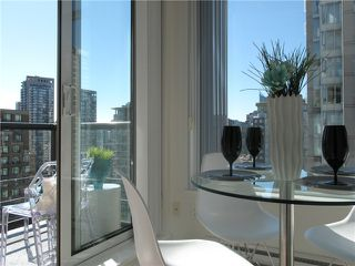 "Photo 12: 1807 1001 HOMER Street in Vancouver: Yaletown Condo for sale in ""The Bentley"" (Vancouver West)  : MLS®# V1076353"