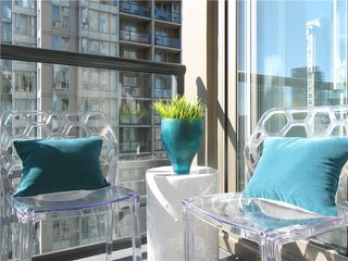"Photo 13: 1807 1001 HOMER Street in Vancouver: Yaletown Condo for sale in ""The Bentley"" (Vancouver West)  : MLS®# V1076353"
