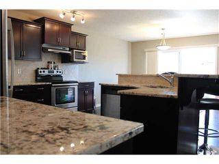 Photo 2: 6731 19 AV in Edmonton: Zone 53 House for sale : MLS®# E3435521