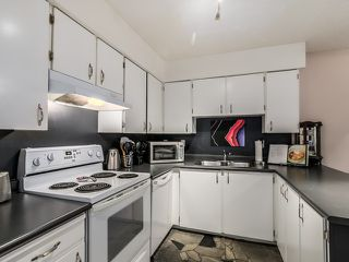 Photo 5: 117 932 ROBINSON STREET in Coquitlam: Central Coquitlam Condo for sale : MLS®# R2000788