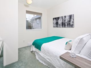 Photo 13: 732 E GEORGIA STREET in Vancouver: Mount Pleasant VE 1/2 Duplex for sale (Vancouver East)  : MLS®# R2042497