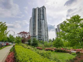 Photo 1: 203 288 UNGLESS WAY in Port Moody: Port Moody Centre Condo for sale : MLS®# R2071333