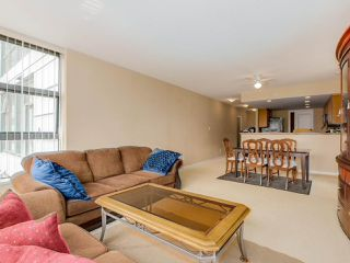 Photo 10: 203 288 UNGLESS WAY in Port Moody: Port Moody Centre Condo for sale : MLS®# R2071333