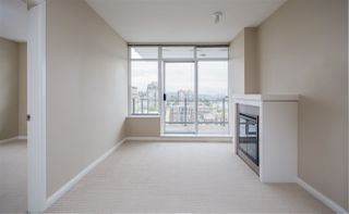 Photo 4: 2605 888 CARNARVON STREET in New Westminster: Downtown NW Condo for sale : MLS®# R2090502