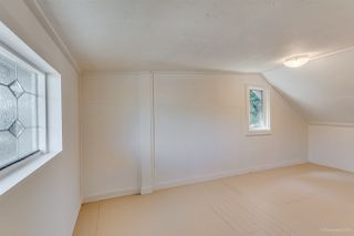 Photo 16: 20309 CHIGWELL STREET in Maple Ridge: Southwest Maple Ridge House for sale : MLS®# R2109399