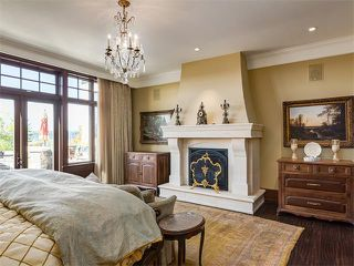 Photo 13: 2107 BRIAR CR NW in Calgary: Hounsfield Heights/Briar Hill House for sale : MLS®# C4082785