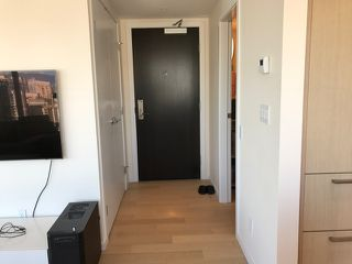 Photo 2: 2702 1351 CONTINENTAL STREET in Vancouver: Downtown VW Condo for sale (Vancouver West)  : MLS®# R2132225