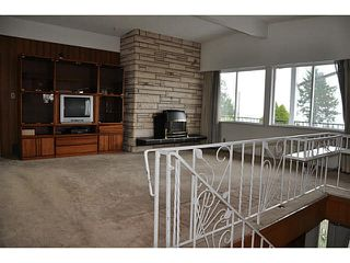 Photo 2: 84 Denman crt Court in Coquitlam: Cape Horn House for sale : MLS®# V1112866
