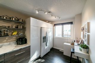 Photo 12: 3303 107 Avenue in Edmonton: Zone 23 Townhouse for sale : MLS®# E4171090