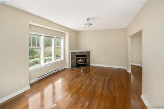 Photo 5: 3 9877 Seventh Street in SIDNEY: Si Sidney North-East Row/Townhouse for sale (Sidney)  : MLS®# 423434
