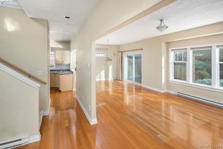 Photo 8: 3 9877 Seventh Street in SIDNEY: Si Sidney North-East Row/Townhouse for sale (Sidney)  : MLS®# 423434