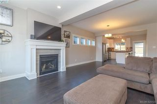 Photo 7: 1045 Gala Court in VICTORIA: La Happy Valley Single Family Detached for sale (Langford)  : MLS®# 424123