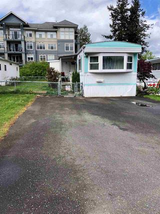 """Photo 2: 27 45640 WATSON Road in Chilliwack: Vedder S Watson-Promontory Manufactured Home for sale in """"WESTWOOD ESTATES"""" (Sardis)  : MLS®# R2452670"""