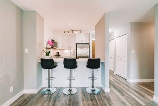 """Photo 6: 407 675 PARK Crescent in New Westminster: GlenBrooke North Condo for sale in """"Winchester"""" : MLS®# R2467939"""