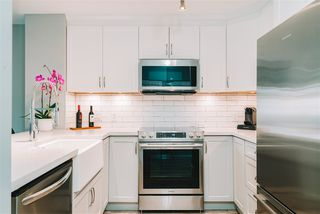 """Photo 4: 407 675 PARK Crescent in New Westminster: GlenBrooke North Condo for sale in """"Winchester"""" : MLS®# R2467939"""