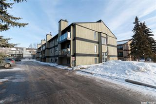 Main Photo: 2 274 Pinehouse Drive in Saskatoon: Lawson Heights Residential for sale : MLS®# SK838571
