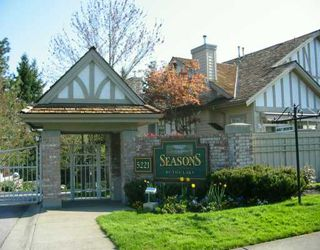 """Photo 1: 39 5221 OAKMOUNT CR in Burnaby: Oaklands Townhouse for sale in """"SEASONS BY THE LAKE"""" (Burnaby South)  : MLS®# V587259"""