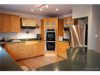 Photo 5: 3553 Desmond Dr in VICTORIA: La Walfred House for sale (Langford)  : MLS®# 635869