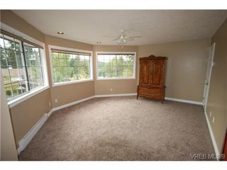 Photo 9: 3553 Desmond Dr in VICTORIA: La Walfred Single Family Detached for sale (Langford)  : MLS®# 635869