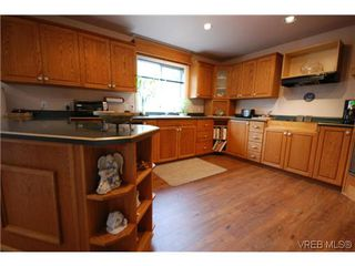 Photo 7: 3553 Desmond Dr in VICTORIA: La Walfred Single Family Detached for sale (Langford)  : MLS®# 635869