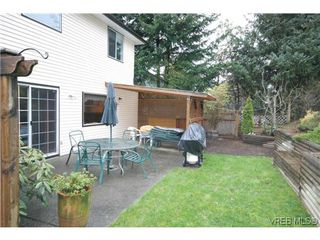 Photo 16: 3553 Desmond Dr in VICTORIA: La Walfred House for sale (Langford)  : MLS®# 635869