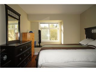 """Photo 8: 32 7428 SOUTHWYNDE Avenue in Burnaby: South Slope Townhouse for sale in """"LEDGESTONE 2"""" (Burnaby South)  : MLS®# V1000912"""