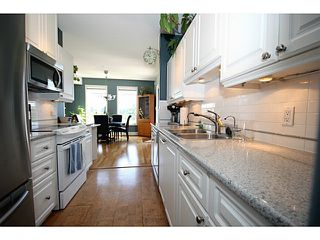 "Photo 4: 211 1300 HUNTER Road in Tsawwassen: Beach Grove Condo for sale in ""HUNTER GREEN"" : MLS®# V1017169"