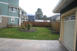 Photo 10: 15 45137 Nicomen Crescent: Townhouse for sale (Chilliwack)  : MLS®# H1401122