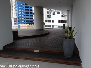 Photo 23: Luxurious furnished Apartment in Panama's exclusive Yacht Club Tower