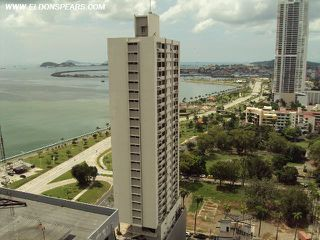 Photo 19: Luxurious furnished Apartment in Panama's exclusive Yacht Club Tower