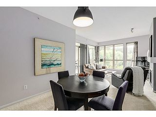 "Photo 3: 424 801 KLAHANIE Drive in Port Moody: Port Moody Centre Condo for sale in ""INGLENOOK AT KLAHANIE"" : MLS®# V1084112"