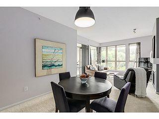 "Photo 3: 424 801 KLAHANIE Drive in Port Moody: Port Moody Centre Condo for sale in ""INGLENOOK AT KLAHANIE"" : MLS®# V1084112"