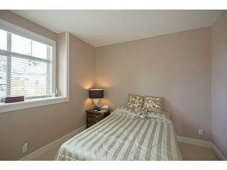 Photo 9: 16356 59A AV in Surrey: Cloverdale BC House for sale (Cloverdale)  : MLS®# F1410039