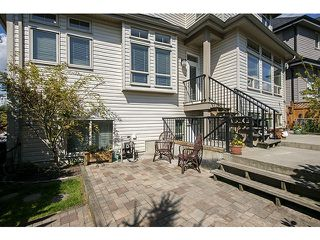 Photo 19: 16356 59A AV in Surrey: Cloverdale BC House for sale (Cloverdale)  : MLS®# F1410039