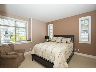 Photo 10: 16356 59A AV in Surrey: Cloverdale BC House for sale (Cloverdale)  : MLS®# F1410039