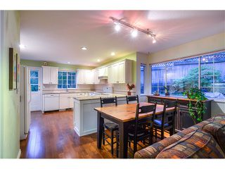 Photo 9: 2 LAUREL PL in Port Moody: Heritage Mountain House for sale : MLS®# V1104349