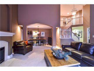 Photo 5: 2 LAUREL PL in Port Moody: Heritage Mountain House for sale : MLS®# V1104349