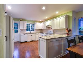 Photo 10: 2 LAUREL PL in Port Moody: Heritage Mountain House for sale : MLS®# V1104349