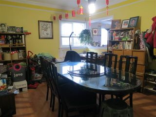 Photo 3: 1260 NOOTKA STREET in Vancouver: Renfrew VE House for sale (Vancouver East)  : MLS®# R2027888
