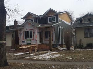 Photo 1: 270 Niagara Street in Winnipeg: River Heights / Tuxedo / Linden Woods Single Family Detached for sale (Central Winnipeg)  : MLS®# 1513104