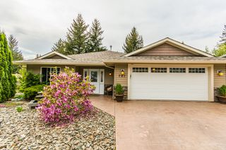Photo 1: 721 Southeast 37 Street in Salmon Arm: Little Mountain House for sale (SE Salmon Arm)  : MLS®# 10115710